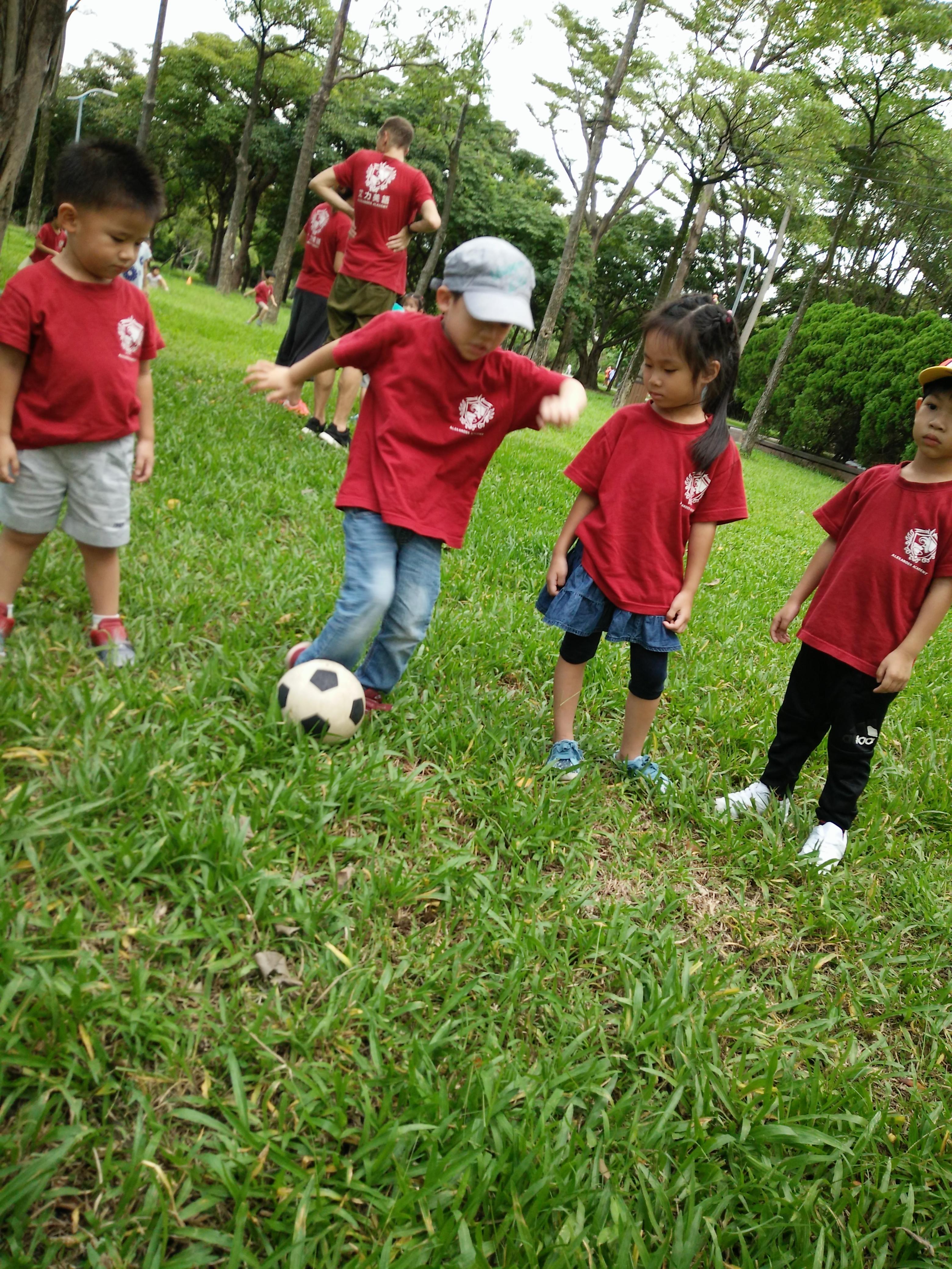 Hans soccer2